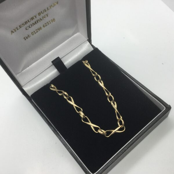 9 carat yellow gold Romeo and Juliet chain
