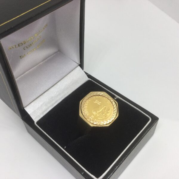 Preowned 9 carat yellow gold 1/10 krugerrand ring