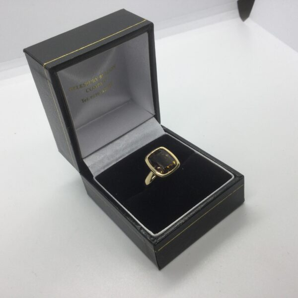 9 carat yellow gold Smokey quartz ring
