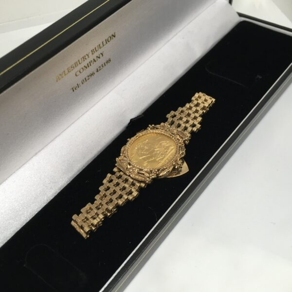 Preowned 9 carat yellow gold sovereign bracelet