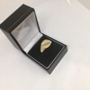 9 carat yellow gold signet ring