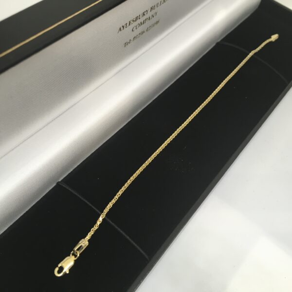 9 carat yellow gold spiga bracelet