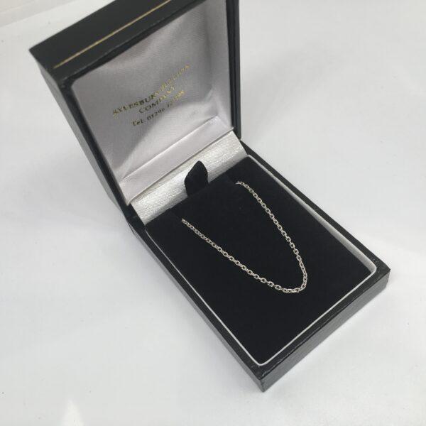 9 carat white gold diamond cut trace chain