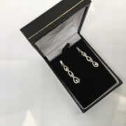Preowned 9 carat white gold diamond drop earrings